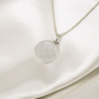 valenti-medium-coin-4-initial-necklace-zilver-2.jpg